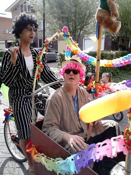 20150829 Optocht versierde fietsen (1)